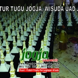 Tugu Jogja, Wisuda UAD Yogyakarta