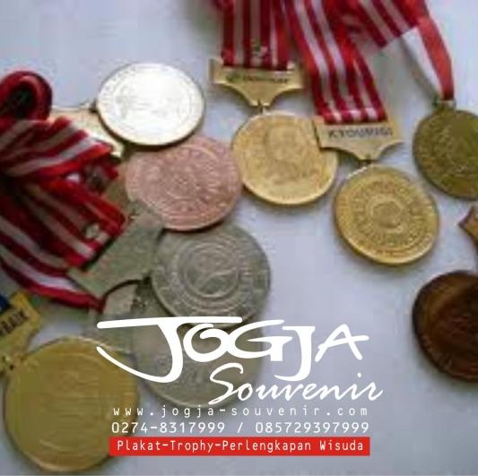 Medali 5