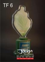 Trophy Daun
