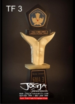 Trophy Tut Wuri Handayani