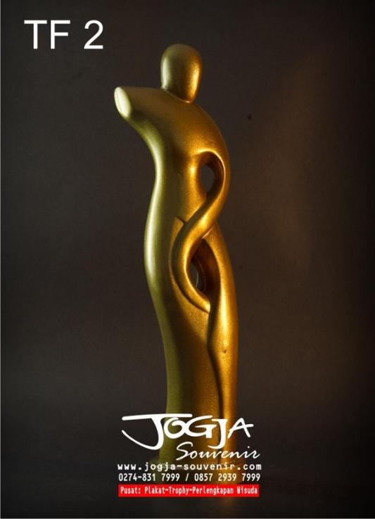 Trophy Abstrak